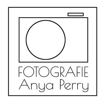 logo fotografie anya perry